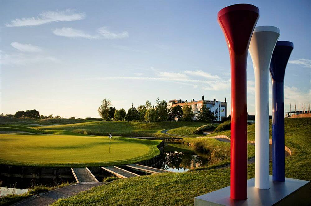 FRANCE - 4* Novotel Saint Quentin Golf National