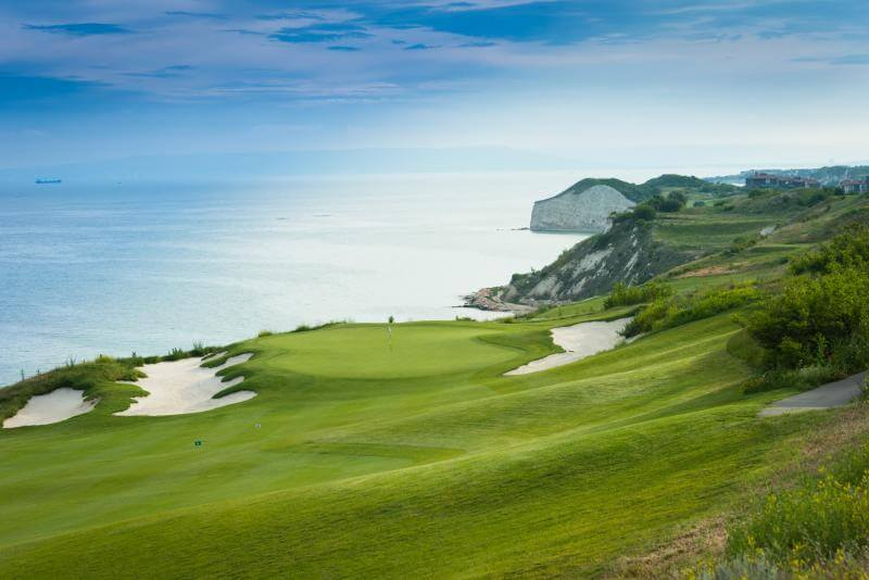 thracian cliffs golf 4