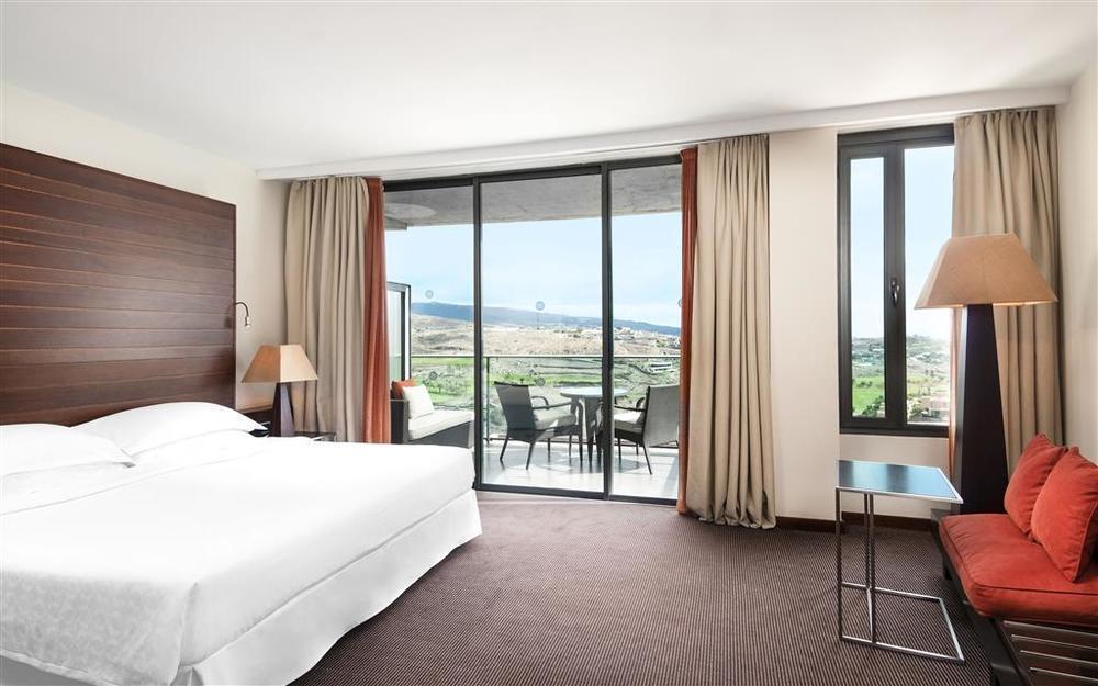 GRAN CANARIA - 5* Sheraton Gran Canaria Salobre Golf Resort - Unlimited Golf Week Offer