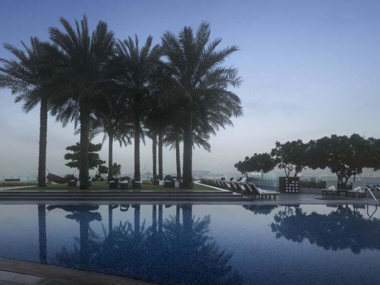 DUBAI - 5* Crowne Plaza Dubai Festival City