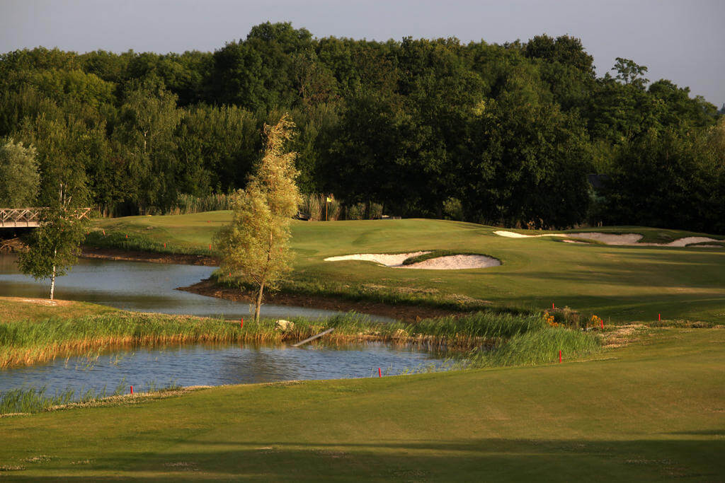 FRANCE - 3* Crecy Golf Resort