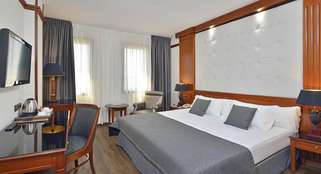 Melia Hotel Girona, Girona
