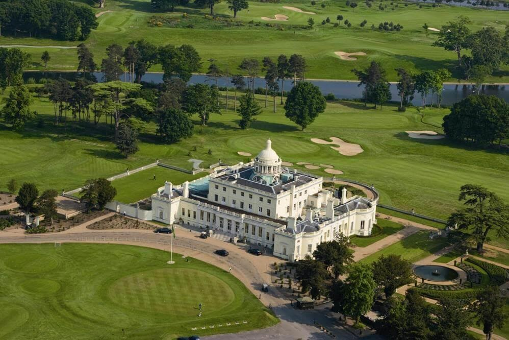 An birds eye view of Stoke Park on a sunny day